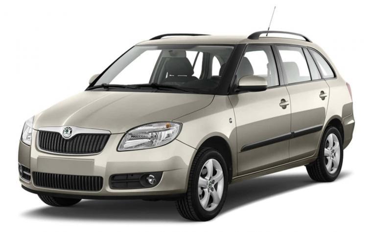 skoda fabia combi automatic | universal car rent
