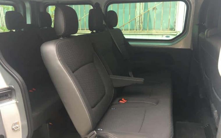 Opel Vivaro 9 seats luxury van for rent in sofia